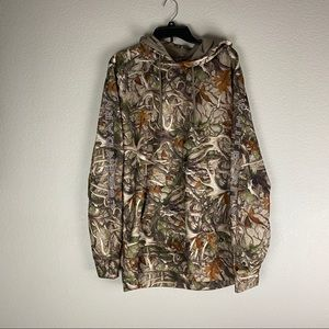 Legendary Whitetails Camo Jacket Size LT